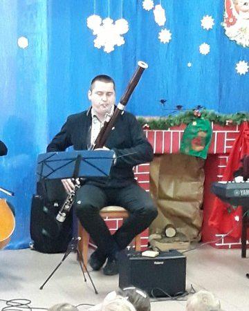 """10.12.2018 r. – Koncert muzyczny """"Stroikowe nutki"""""""