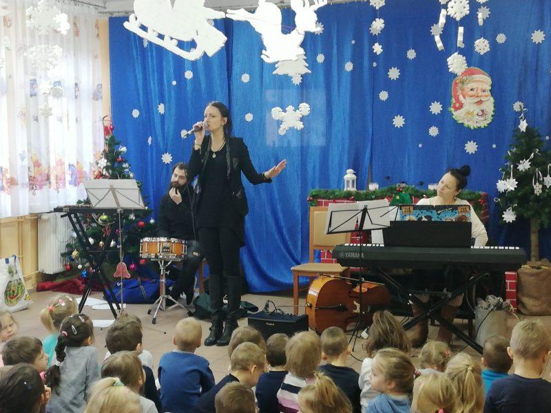 Poranek muzyczny w przedszkolu