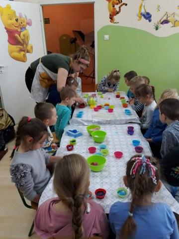 23.05.2019 r. -Warsztaty mydlarskie w przedszkolu