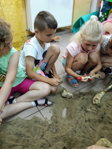 """12.06.2019 r. – Warsztaty """"W krainie zaginionych zwierząt"""""""