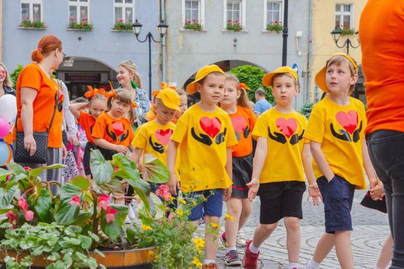 """""""Słoneczny Uśmiech""""- Dziecięcy Festiwal Piosenki i Tańca"""