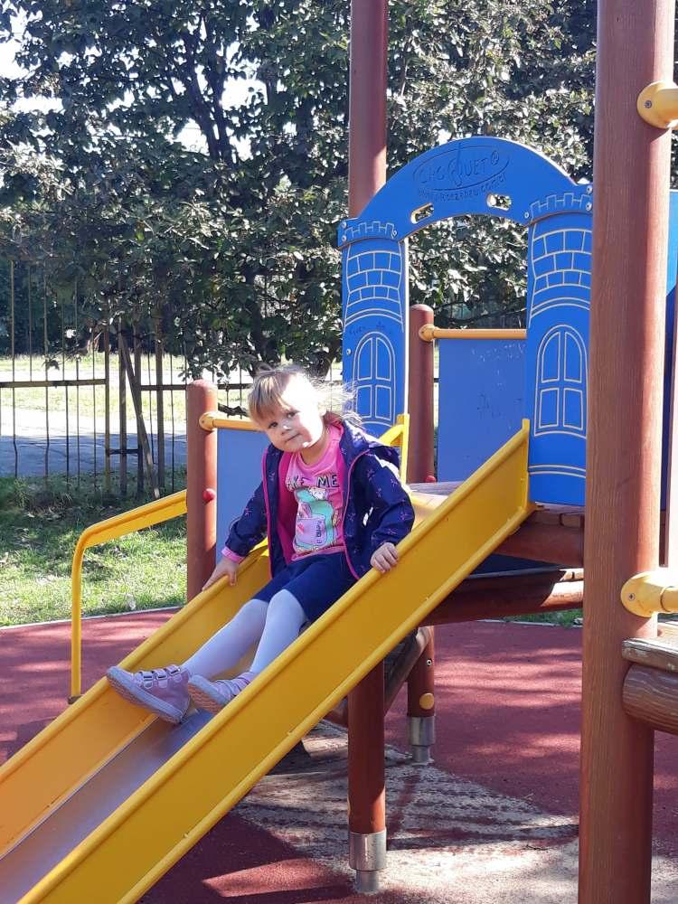 Zabawa w ogrodzie przedszkolnym