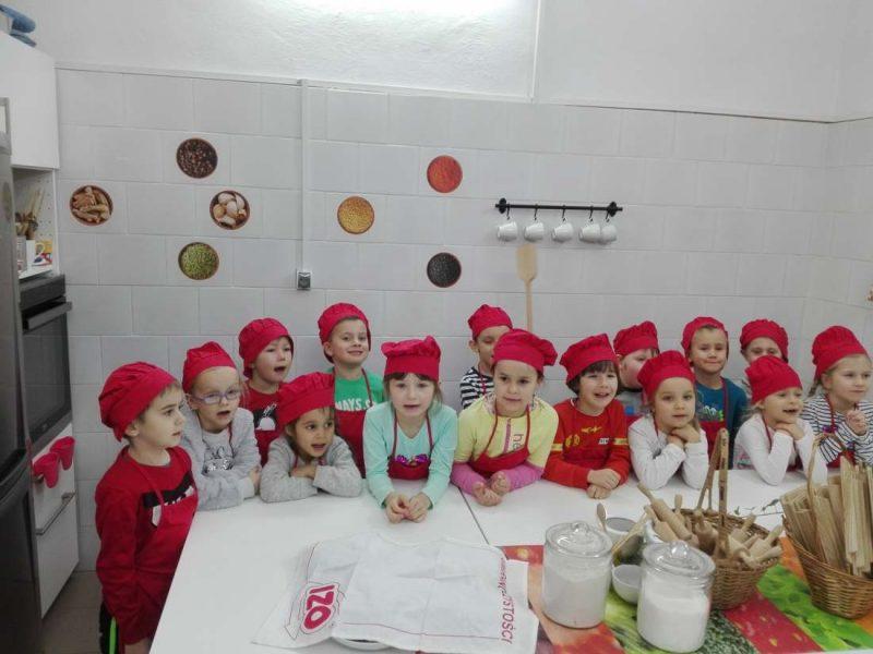 10.12.2019r Pieczemy ciasteczka